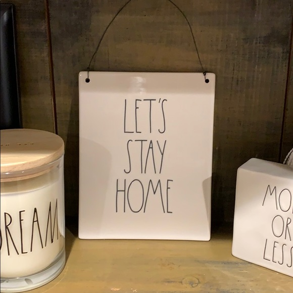 🆕Rae Dunn lets stay home ceramic hanger Boutique